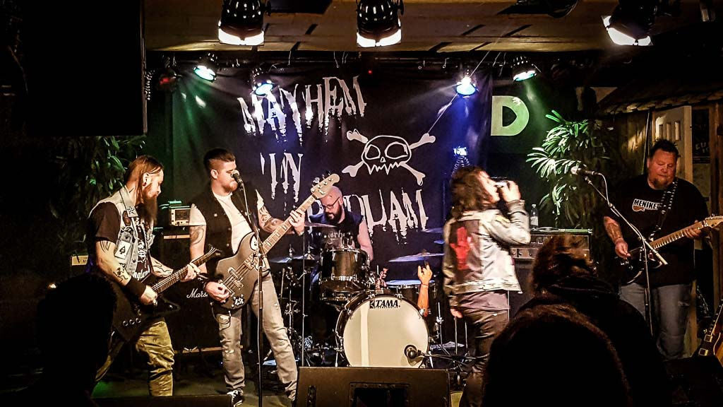 Mayhem In Bedlam – LIVEVIDEOS